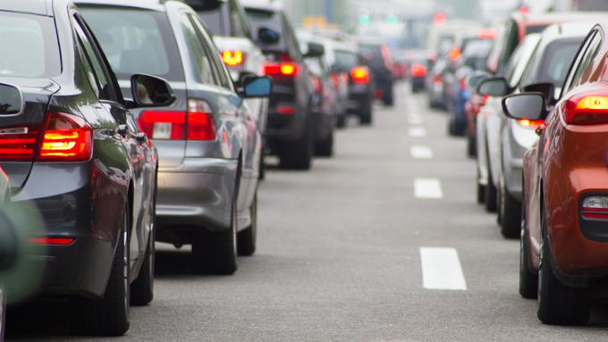Motorists Spend 31 Hours In Traffic Each Year